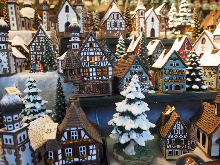 Christmas villages for sale in Salzburg