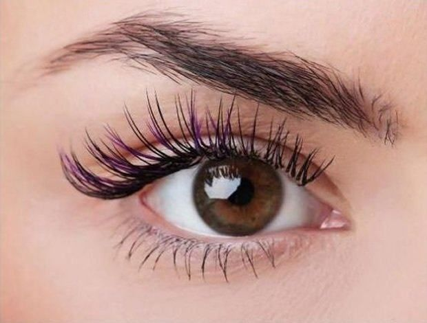 Existem muitos truques que ajudam quem quer ter como alongar os cílios naturalmente, proporcionando um olhar mais sedutor e bonito, com realmente vistosos.