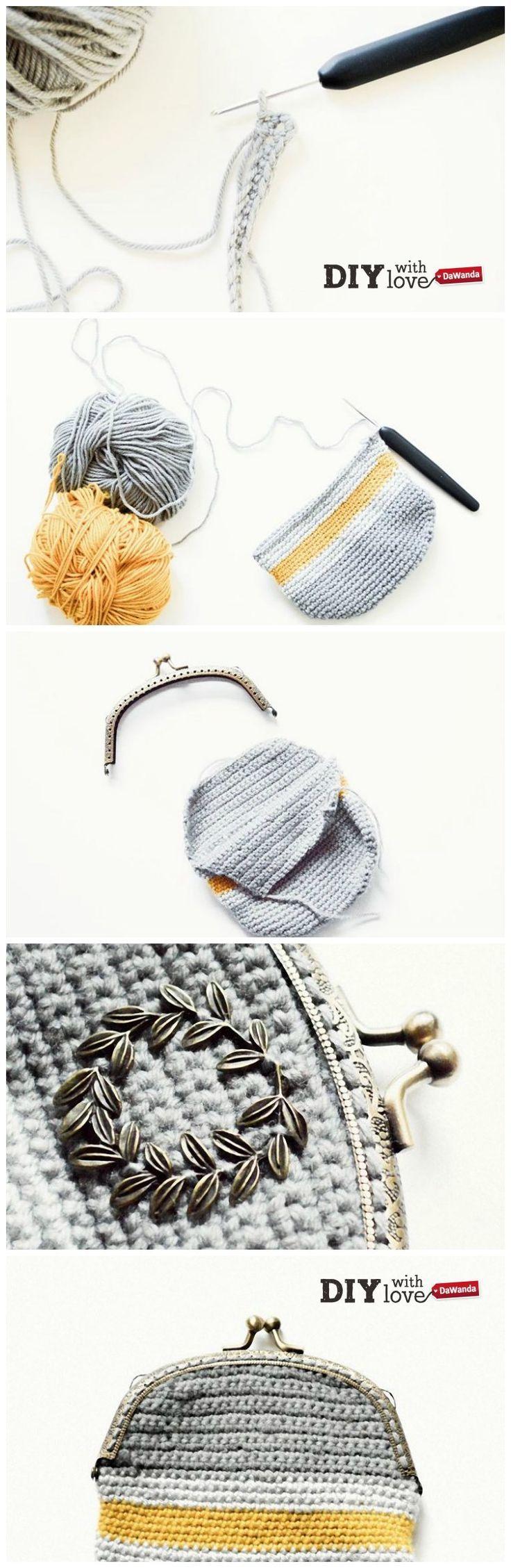Un romantico borsellino crochet con chiusura clic clac: impara a realizzarlo con il nostro tutorial! http://it.dawanda.com/tutorial-fai-da-te/uncinetto/come-fare-borsellino-uncinetto-chiusura-clic-clac