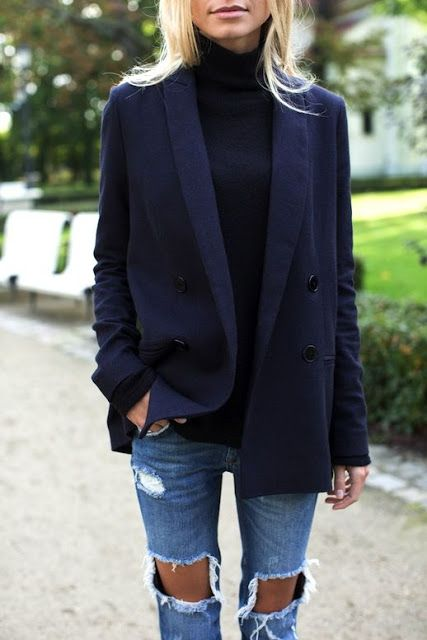 Fall fashion | Turtle neck sweater, distressed denim and navy blazer