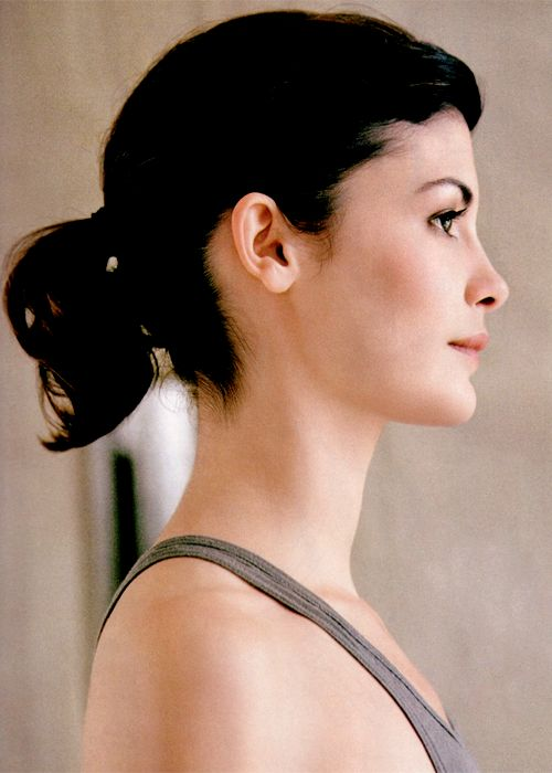 audrey tautou- such a quirky French modern day style icon. I just live her. I wanted to be Amelie.
