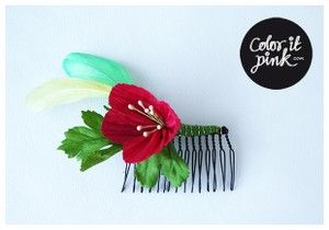Coloritpink.com, www.coloritpink.tictail.com, Haircomb with feathers and a paper flower, hårklämma, klämma, kam,