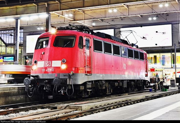 RailPictures.Net Photo: 115 DB AG Krauss-Maffei BR 110 at München, Germany by Dariusz Żaruk
