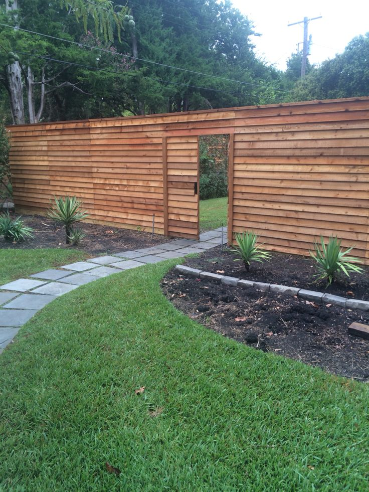 8 Tall Horizontal Overlap Cedar Fence With 5 Wide Double