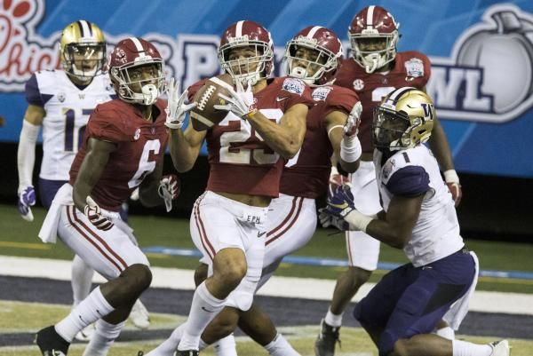 There is only one returning defensive player in college football who was a consensus All-American last season. That would be Alabama junior…
