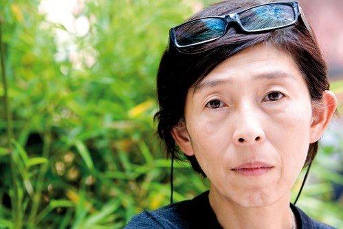 Kazuyo Sejima è un architetto giapponese.  Dopo aver studiato all'Università giapponese delle donne e lavorato nell'ufficio di Toyo Ito, nel 1987 ha fondato lo studio Kazuyo Sejima ed associati. Nel 1995 ha fondato lo studio SANAA con sede a Tokyo insieme al suo ex dipendente Ryue Nishizawa.  Sejima è stata nominata Direttore per il settore Architettura della Biennale di Venezia, per la quale ha curato la dodicesima Esibizione Annuale Internazionale d'Architettura che si è tenuta nel 2010.
