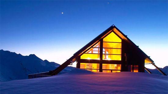 48 best les plus beaux chalets images on pinterest chalets cottages and lodges. Black Bedroom Furniture Sets. Home Design Ideas