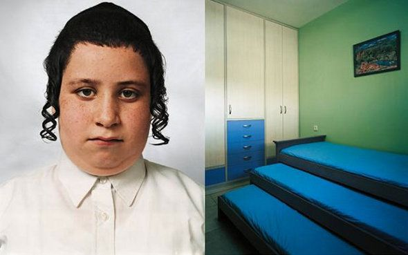 James Mollison photographed several children from across the world, and compared them with pictures of where they sleep for a photography project on children's rights....the results are quite interestnig