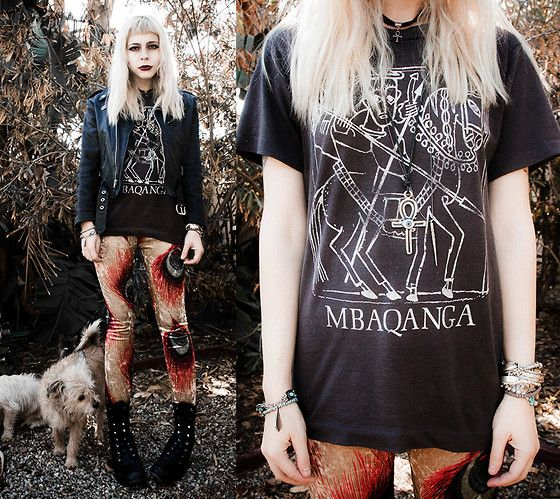 Some dogs, just hanging out by my feet (by Madeline Pendleton) http://lookbook.nu/look/4273941-Some-dogs-just-hanging-out-by-my-feet