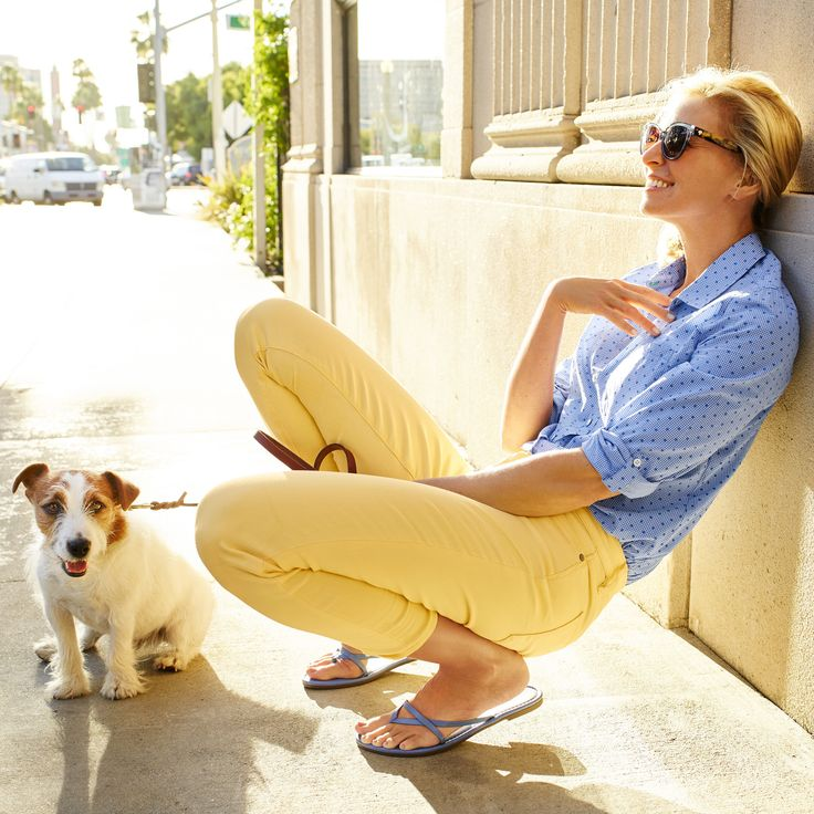 Flawless Five-Pocket yellow ankle jeans + adorable puppies brighten up our weekend stroll.