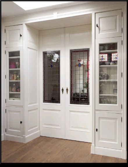 Kamer en suite deuren  met glas in lood.