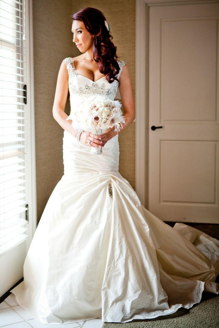 Simple Used Ines Di Santo Wedding Dress Size