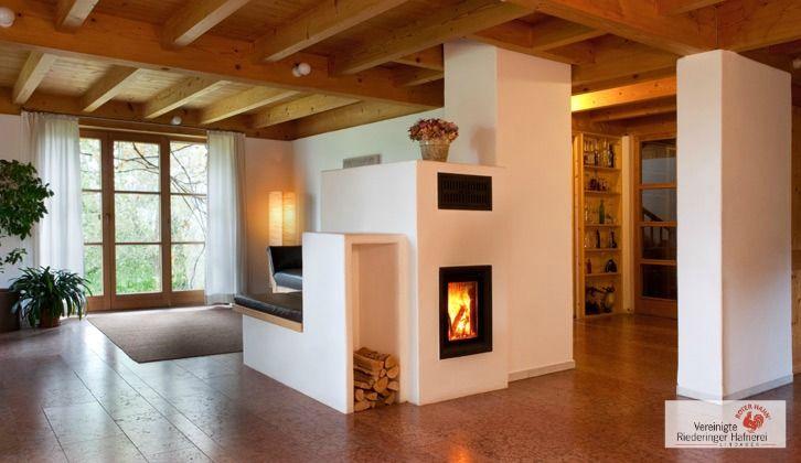 Der moderne kachelofen verzichtet g nzlich auf dekorative for Dekorative bilder wohnzimmer