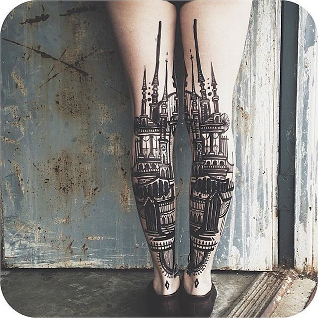 8. Castle legs made by @thievesoftower