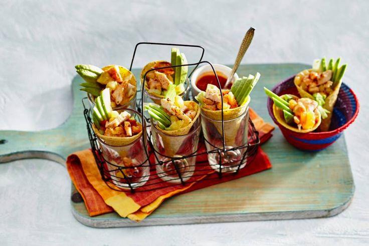 Dat is wat we noemen: een tropische verrassing. Lekker fris, met ananas en ijsbergsla - Recept - Allerhande