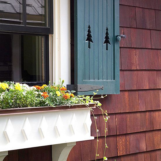 59 best images about house colors on pinterest craftsman for Craftsman style window boxes