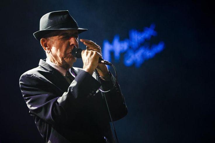 Singer Leonard Cohen dies at 82