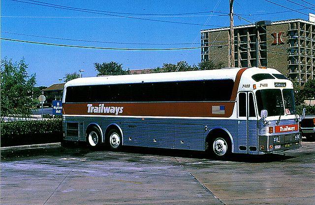 Best 25 Buses Ideas On Pinterest School Buses Bus