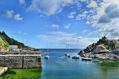Polperro, Cornwall. | 28 Incredibly Beautiful Places In The U.K. To Visit