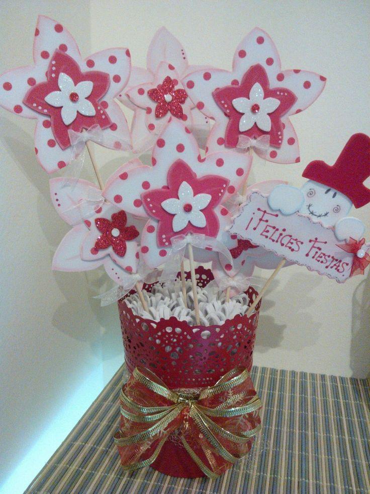 Maceta flores goma eva Navidad.