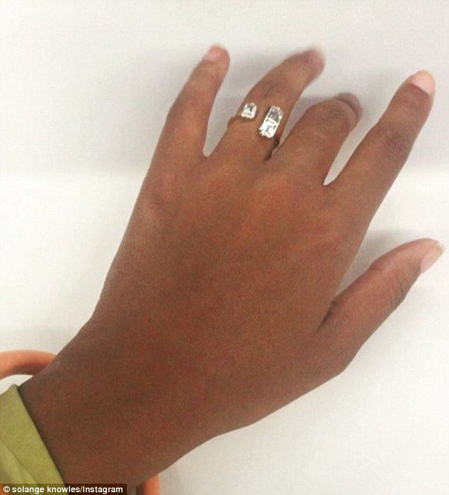 Solange Knowles wedding ring by Lorraine Schwartz
