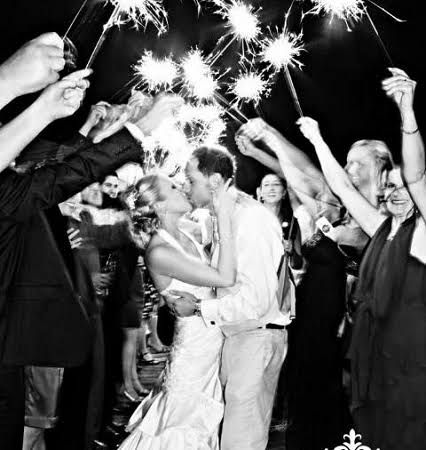 Our extra long 36-inch wedding sparklers are the ideal long-lasting sparklers for wedding exits! With easy lite tips and a burn time of 3.5 minutes, you�ll only need one sparkler per guest. Plus, each wedding package of sparklers for sale includes a free pack of six 10-inch sparklers to speed up the lighting process. 36 inch packages are available for 52, 100, 152, 200 guests.