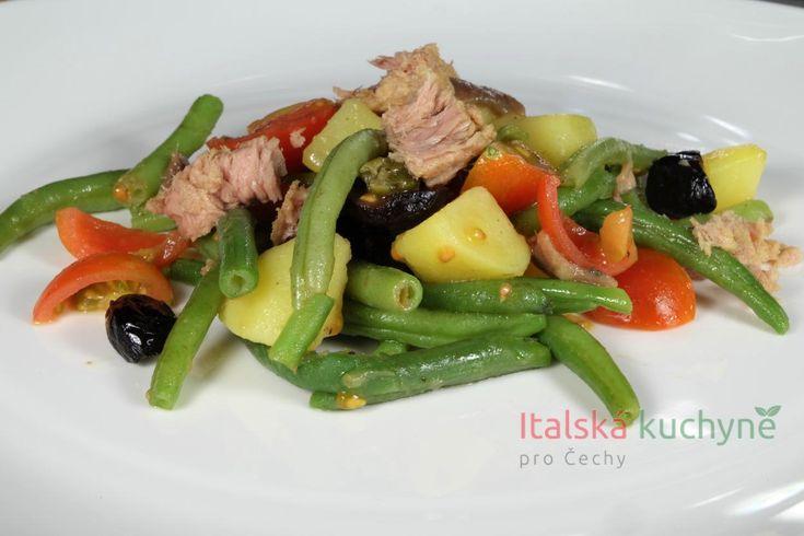 Italská kuchyně pro Čechy a Slováky - Sprvními paprsky teplého jarního sluníčka začínám ihned oprašovat recepty na saláty. Chuť odložit zimn