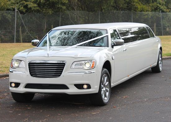 At Limo Hire Melbourne, Our wedding car hires service provide in St Kilda and Melbourne.