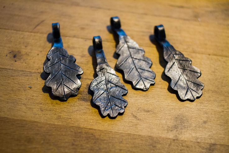 A simple symbol for life, visdom and patience. Hand forged oak leaf with a natural forged finish.