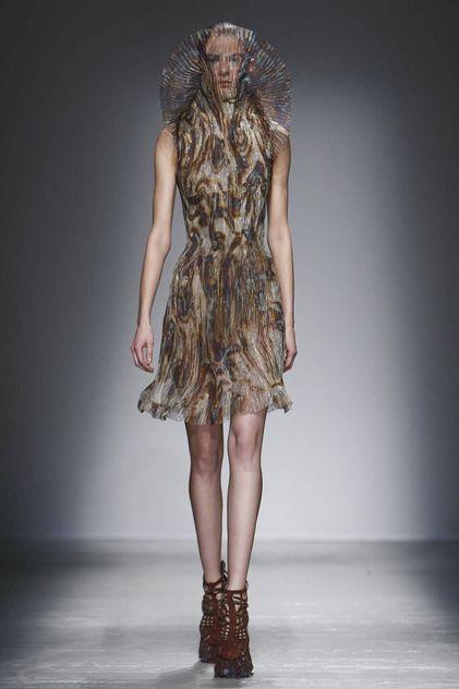 Iris Van Herpen Ready To Wear Fall Winter 2015 Paris