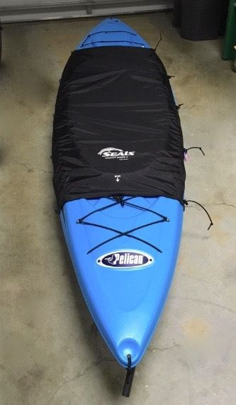 drape to cover kayak cockpit from water and dirt
