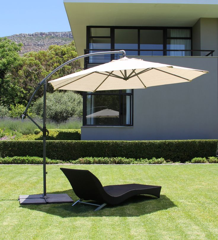 A Gorgeous Coolaroo Cantilever Umbrella   Smoke Colour. Definitely Want One  Of These In My