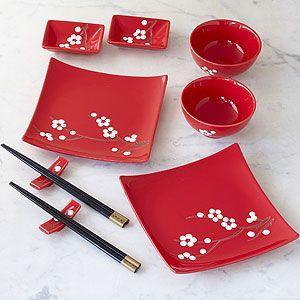 Jídelní sada * červený porcelán s malovanou větvičkou třešně, klasický Japonský styl.