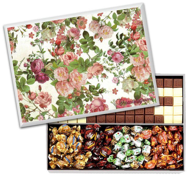 Caja Diseño Vintage. Caja de madera con diseño Vintage con Chocotelegrama de 70 chocolatitos, Bon o Bon y variedad de Butter Toffees