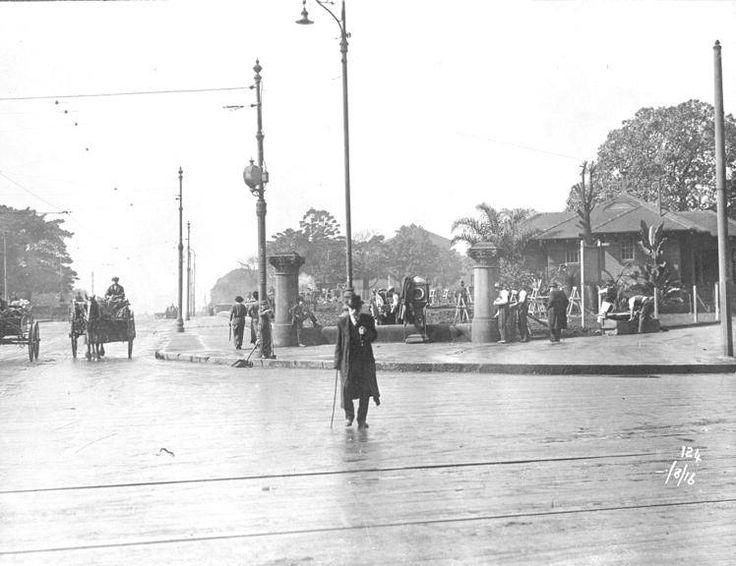 Cnr Park & Elizabeth Streets, 1916.