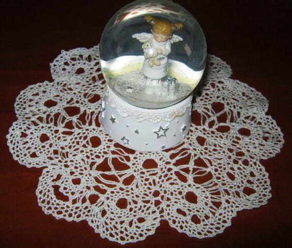 Bobbin handmaid lase white taible napkin by ArtDecorMagicPrint