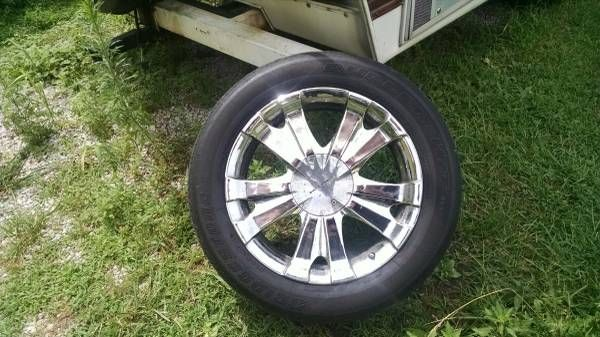 Set Of Four Rims with Bridgestone Tires 245/65/20 – auto parts – by owner