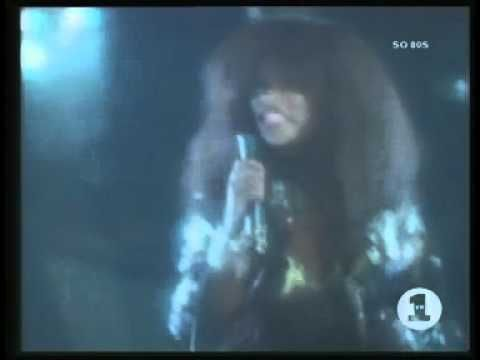 Rufus Chaka Khan - Ain't Nobody official music video.My favorite song from Chaka Khan.