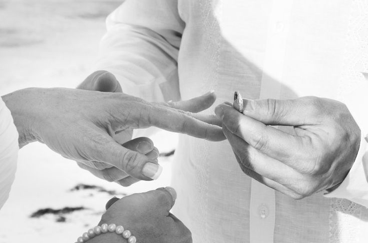Looking to get copy of Bahamas Marriage Certificate? Then our priority Bahamas Marriage Certificate and License Search can help you. As it allows you to obtain a Certified Copy of Bahamas Marriage Certificate in 2 Easy Steps - http://www.bahamas-destination-wedding.com/get-copy-marriage-certificate-bahamas/