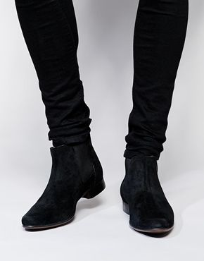 Chelsea Boots in Suede (Black)