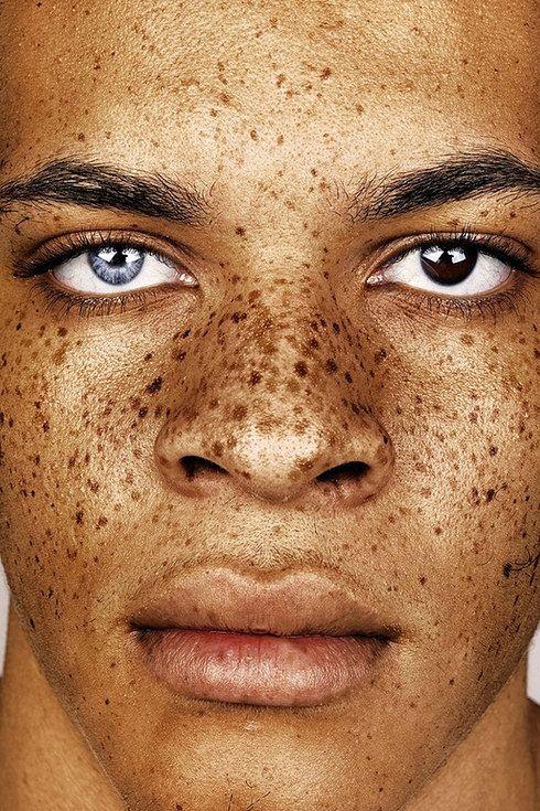 Die Maske für das Haar das Reich der Aromen mit der Henna