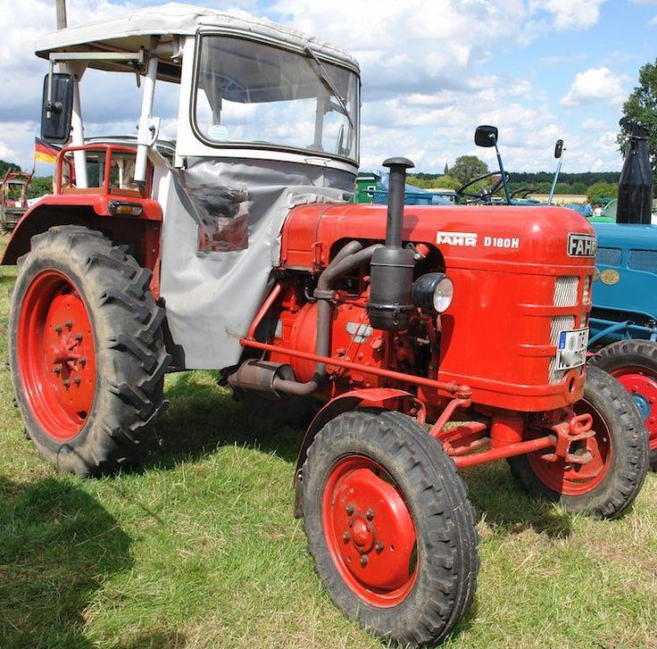 Erntedankfest in Dülmen-Empte 2009 auf dem Bulldoghof Letterhaus 2009  Fahr D180H Tractor
