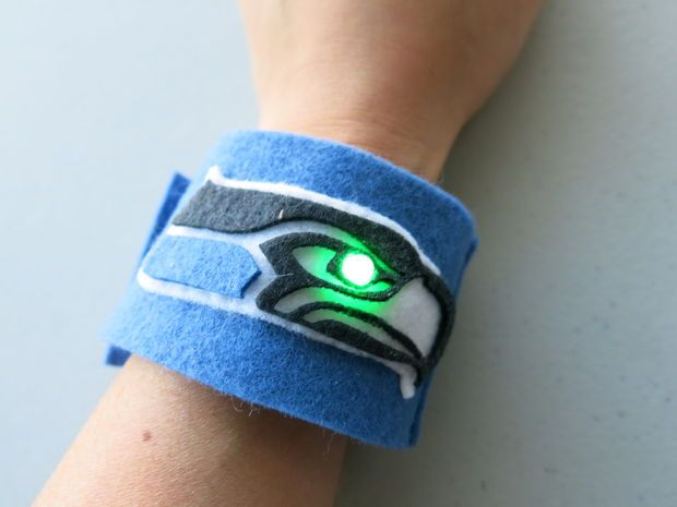 Cool. Not my team, but I like the idea.  LED bracelet #soft_circuits #etextiles #sewing #Superbowl #football #team