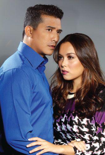 Aaron Aziz & Siti Saleha in Kerat 14