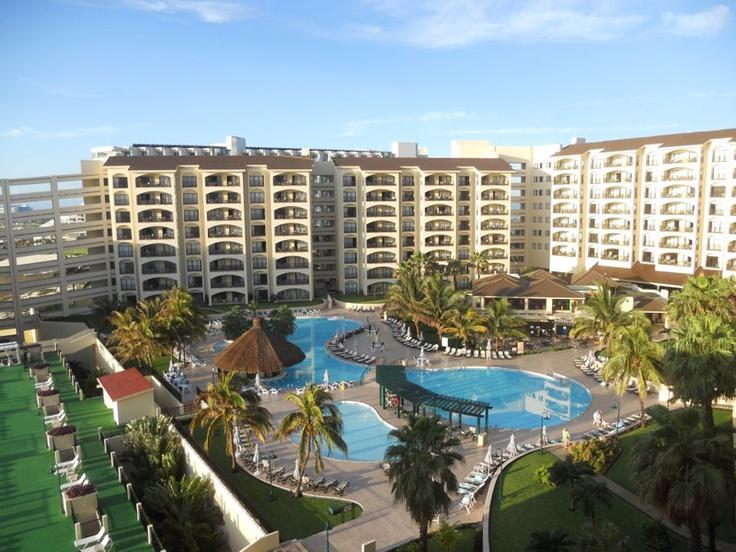 cancun resorts | The Royal Islander