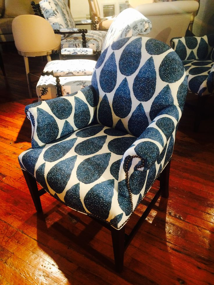 The Oxford. LOVE this chair! http://www.hickorychair.com/Furniture/Living-Room-Den-and-Foyer-Furniture/Upholstery/i504921-Oxford-Pull-Up-Chair.aspx