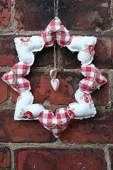 Handmade 8 Heart Wreath   I love this