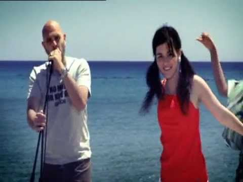 STAVENTO - Πριν σε γνωρίσω (Official Video) (c) 2008 Sony Bmg Music Entertainment Album: Σήμερα Το Γιορτάζω STAVENTO http://www.stavento.gr FACEBOOK https://...