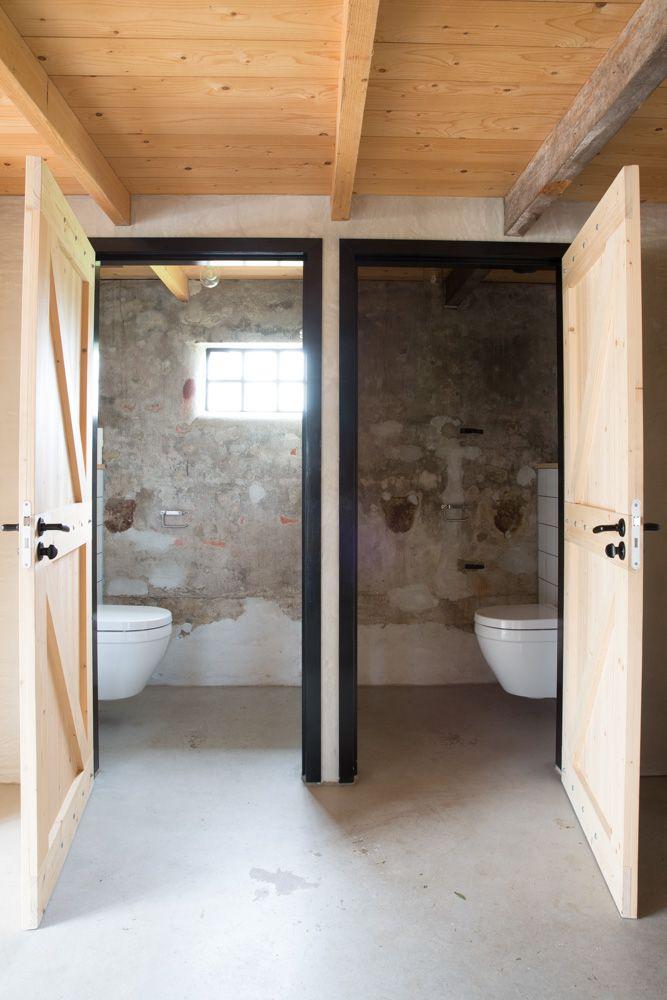 to the loo. Toiletten in de Flinkefarm. photocredits: Hans Mossel