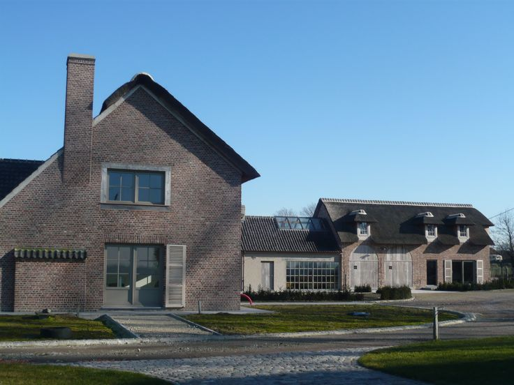 Huis - gebouwd met de oud-gotische baksteen van steenfabriek Nelissen